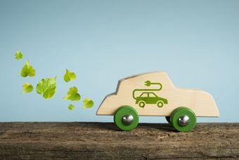 6 mitów nt. samochodów elektrycznych. Ile w nich prawdy? [© Arcansél - Fotolia.com]