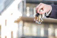 Fiskus nie widzi przeszkód, aby prywatnie kupować nieruchomości pod wynajem