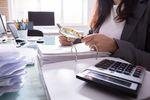 Opóźnienia płatności, czyli uważaj na odbiorców, których dobrze znasz