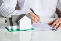 Niedozwolone klauzule umowne: ubezpieczenie niskiego wkładu własnego