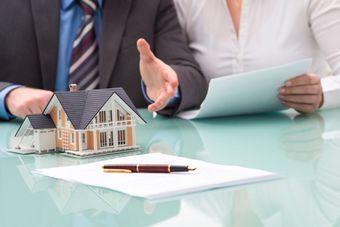 Ubezpieczenie pomostowe w umowach kredytu hipotecznego niedozwoloną klauzulą umowną