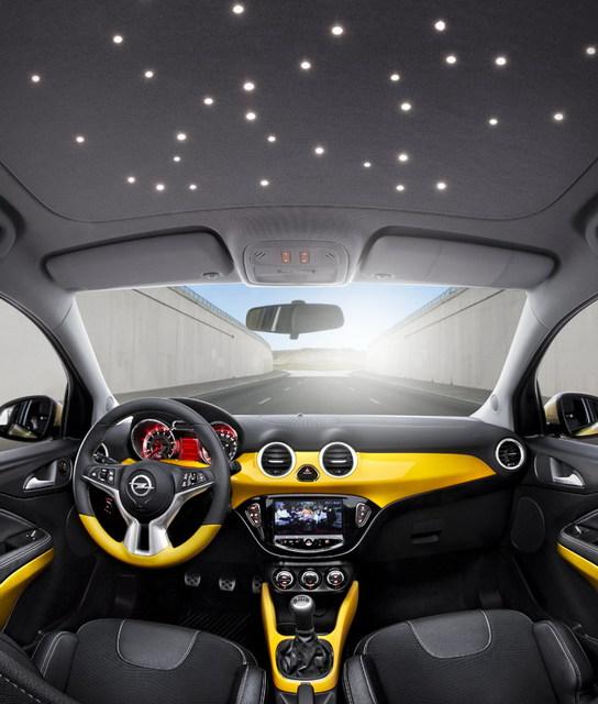 Nowy Opel Adam
