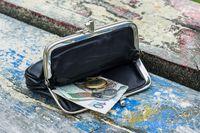 Wynagrodzenie średnie krajowe: obciążenia składkowe i podatkowe