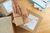 Sprzedaż wysyłkowa z terytorium kraju a zwolnienie z VAT
