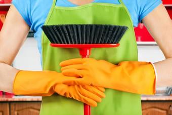 1/3 Polaków chętnie zapłaci za sprzątanie