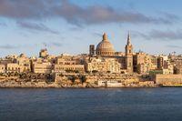 Obywatelstwo ekonomiczne - najbogatsze i kontrowersyjne nazwiska z paszportem Malty