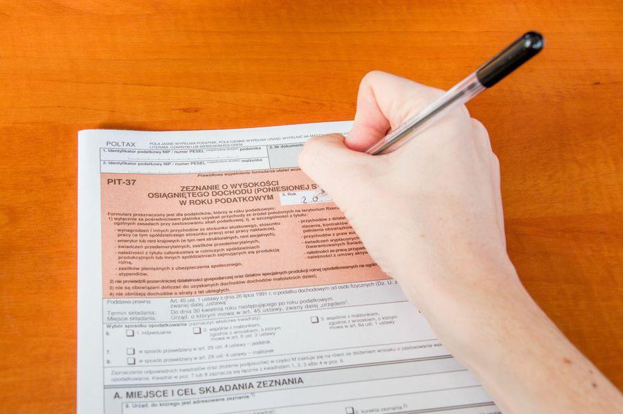 Odliczenie składek na ubezpieczenie społeczne w rocznym PIT