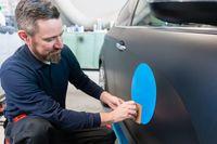 Nie wystarczy okleić w barwy firmy samochodu, aby odliczyć pełny VAT
