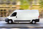 Zasady odliczania VAT od paliwa do samochodu firmowego
