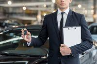 Samochód zastępczy 2014: pełne odliczenie VAT z faktury za najem?