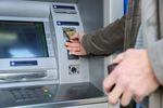 4 najbardziej irytujące prowizje bankowe