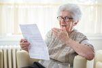 Mają 80 lat i zaległe rachunki za telefon na ponad 100 tys. zł