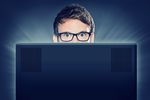 Opinie w Internecie: wygrywają hejterzy czy pochlebcy?