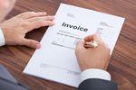 Faktura po zakończeniu usługi a podatek VAT i dochodowy