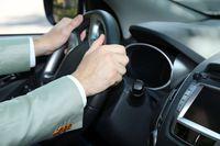 Używanie samochodu służbowego przez pracownika w podatku VAT