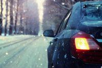 Ferie zimowe samochodem? Zobacz, jak przygotować opony