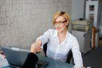 Wezwanie do urzędu skarbowego - kiedy nie trzeba stawiać się w nim osobiście?