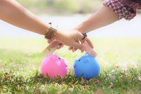 Jak oszczędzają kobiety a jak mężczyźni?