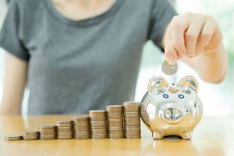 Systematyczne oszczędzanie. Czy to się opłaca?