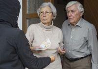 Seniorzy ofiarami wyłudzania pieniędzy