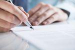 Pierwsza praca – zanim podpiszesz umowę