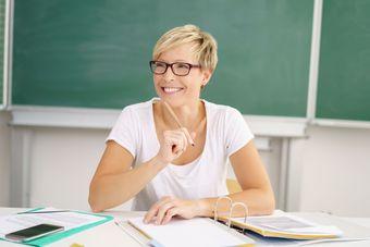 Ile zarabia nauczyciel?