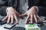 Jak obliczyć zaliczkę na podatek dochodowy przy stawce liniowej?