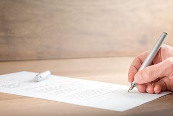 Jak pozbyć się obowiązków płatnika? Skorzystać z usług zagranicznej firmy