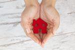Rynek nieruchomości: politycy obiecują mieszkania i brak podatku