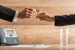 Podatek od umowy najmu pomiędzy firmami małżonków