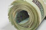 Darowizna pieniędzy na cudze konto bankowe a zwolnienie z podatku