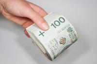 Darowiznę na konto bakowe musi wpłacić darczyńca