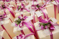 Tylko niektóre drogie prezenty ślubne z podatkiem od darowizny