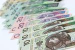 Zwolnienie z podatku od darowizny: sądy akceptują darowiznę gotówki