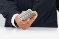 Brak rachunku bankowego i zapłata gotówką to nie fikcyjna transakcja