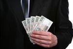 Podatki w firmie: płatności nie tylko przelewem