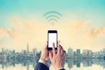 Hotel, plaża i publiczne WiFi, czyli cyberbezpieczeństwo na urlopie