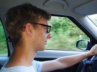 Polisa dla młodego kierowcy nawet sześć razy droższa
