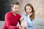 Oszczędzanie. Jak wytrwać w postanowieniach noworocznych?
