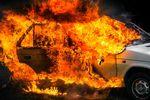 27 pożarów samochodów dziennie