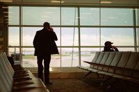 Czy należy ci się odszkodowanie za opóźniony lot służbowy?