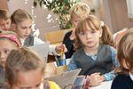 Coraz więcej dzieci pobiera zasiłek rodzinny
