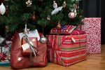 Polacy i prezenty świąteczne: liczy się cena, ale i reputacja marki