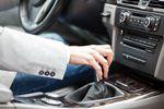 Kierowca samochodu służbowego: jak rekrutować?
