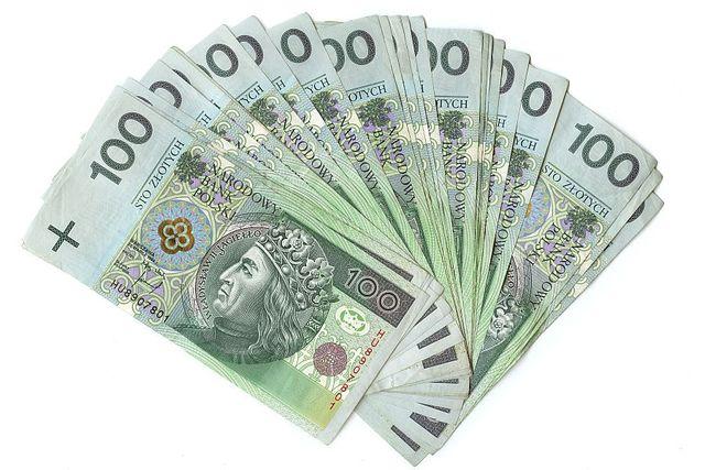 przeci u0119tne wynagrodzenie i-iv 2012
