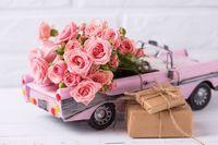Drogie prezenty i darowizny mogą skończyć się domiarem wysokiego podatku