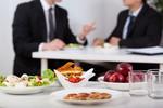 Jedzenie do pracy bez przychodu u pracownika
