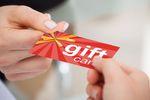 Karty podarunkowe dla pracowników z podatkiem od darowizny a nie PIT?