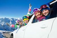 Jak przygotować samochód na zimowy wyjazd?