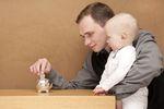 Na przyszłość dziecka trzeba oszczędzać